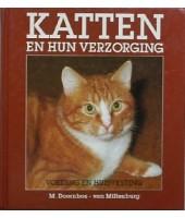 Katten en hun verzorging-voeding-huisvesting - M. Doornbos